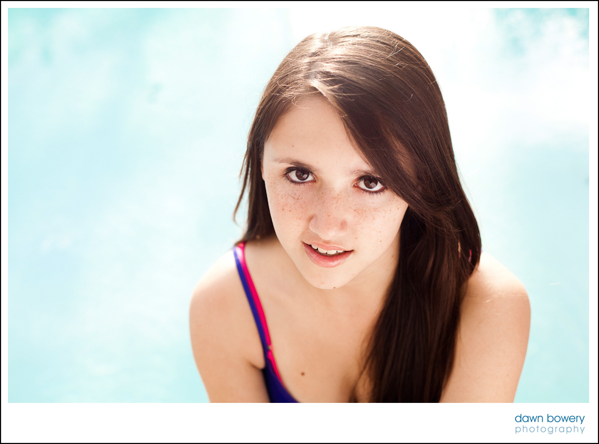 los angeles senior portrait photographer poolside