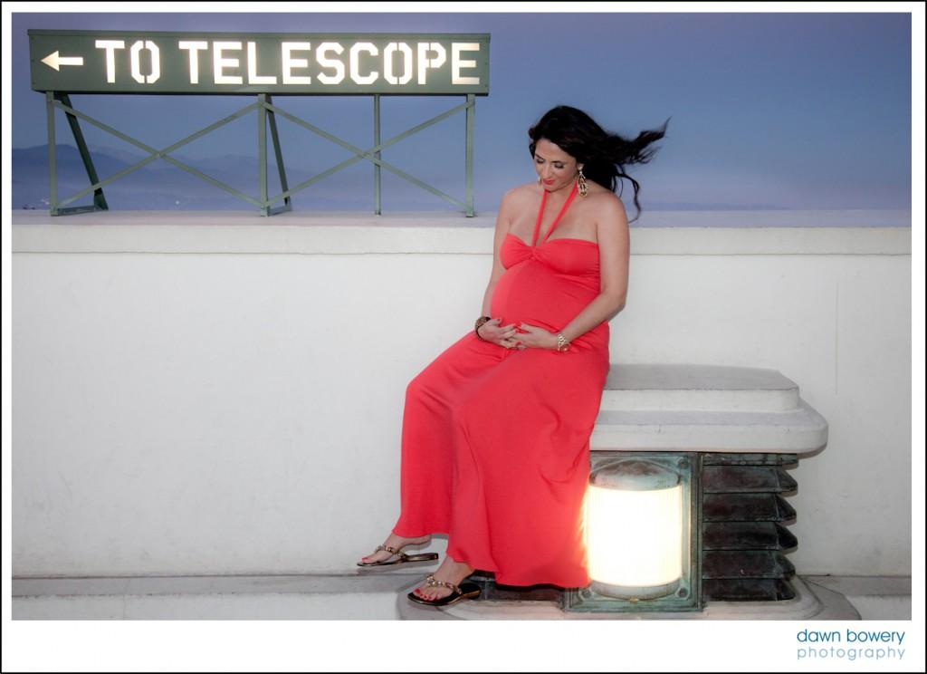 los angeles maternity portrait griffith park observatory telescope