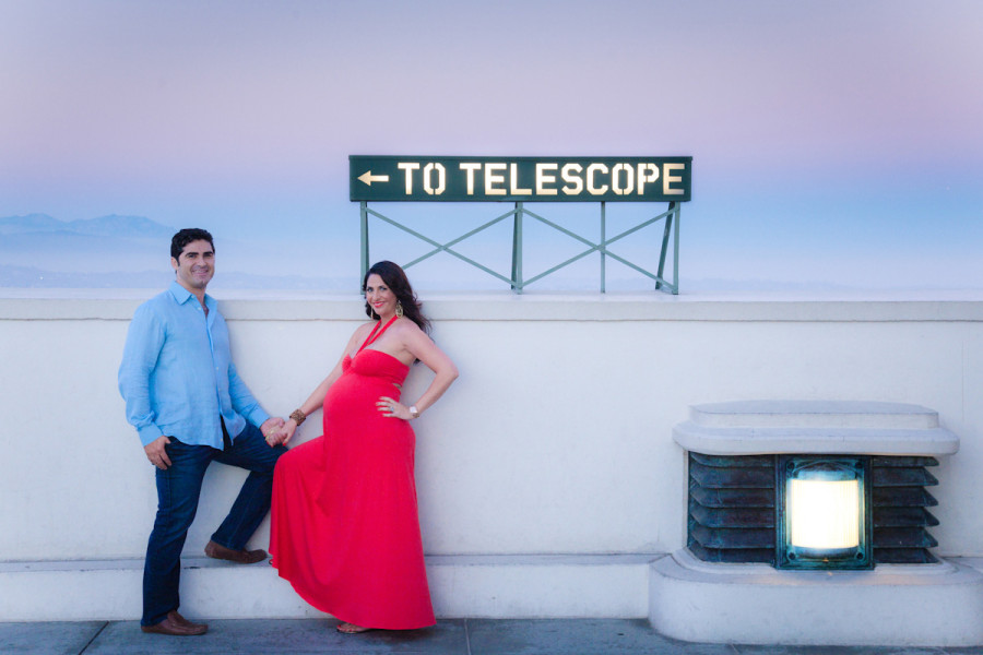 los angeles sunset maternity portrait shoot griffith park observatory